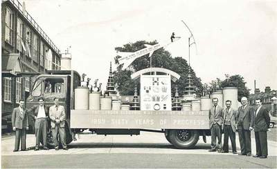 Electric Wire Company float, Leyton (Nikki Brown)