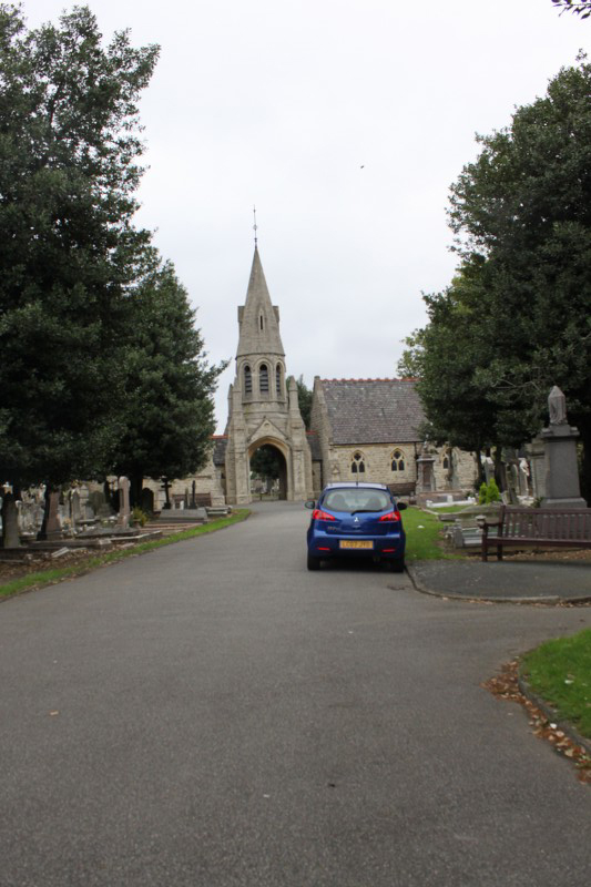 Queen's Road Cemetry (Entrance)