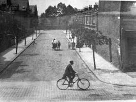 View from Markhouse Rd in early 1900s?(2)